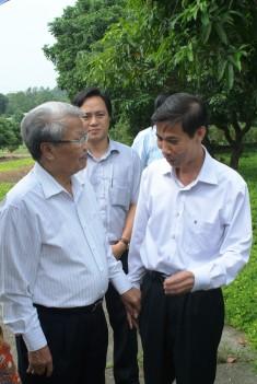 Nguyên chủ tịch nước: Trần Đức Lương thăm Viện KHKT NLN miền núi phía Bắc